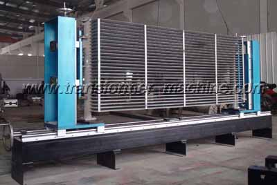 Flange welding rack